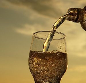 Sparkling Water Dental Do Or Dont | Dentist Arana Hills